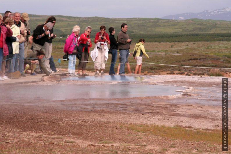 Source d'eau chaude Blesi. Photo © André M. Winter