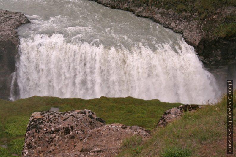 Partie gauche de la cascade basse du Gullfoss. Photo © André M. Winter