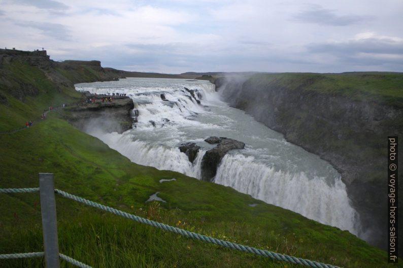 La double cascade Gullfoss. Photo © Alex Medwedeff