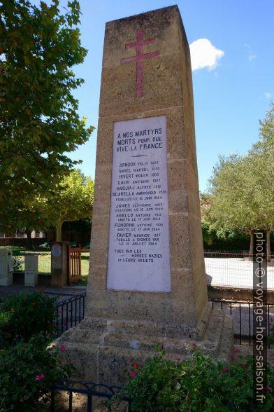 Monument aux morts d'Allemagne-en-Provence. Photo © André M. Winter