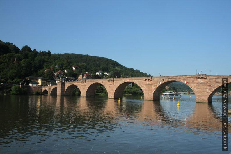 Le Vieux Pont de Heidelberg sur le Neckar. Photo © Alex Medwedeff