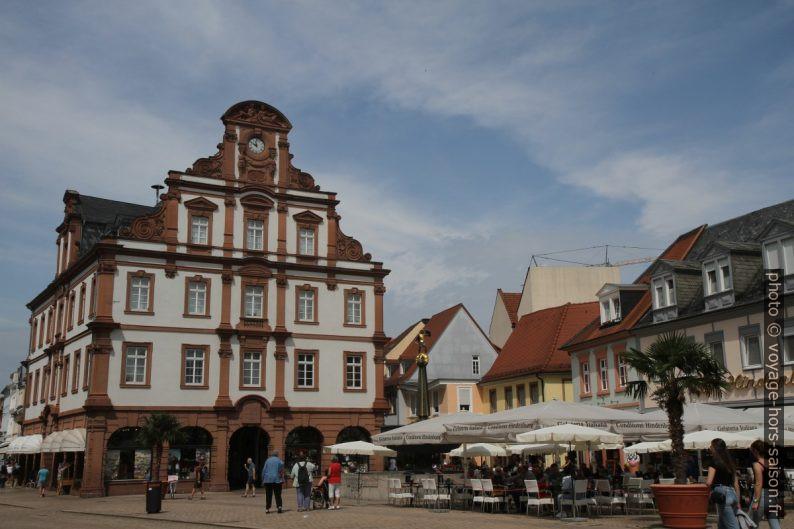 Sur la place principale de Speyer. Photo © Alex Medwedeff